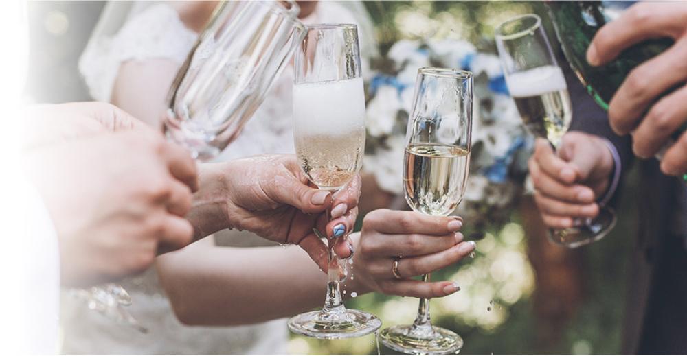 法人版 結婚式のWEB招待状DEAR ゲスト数増加